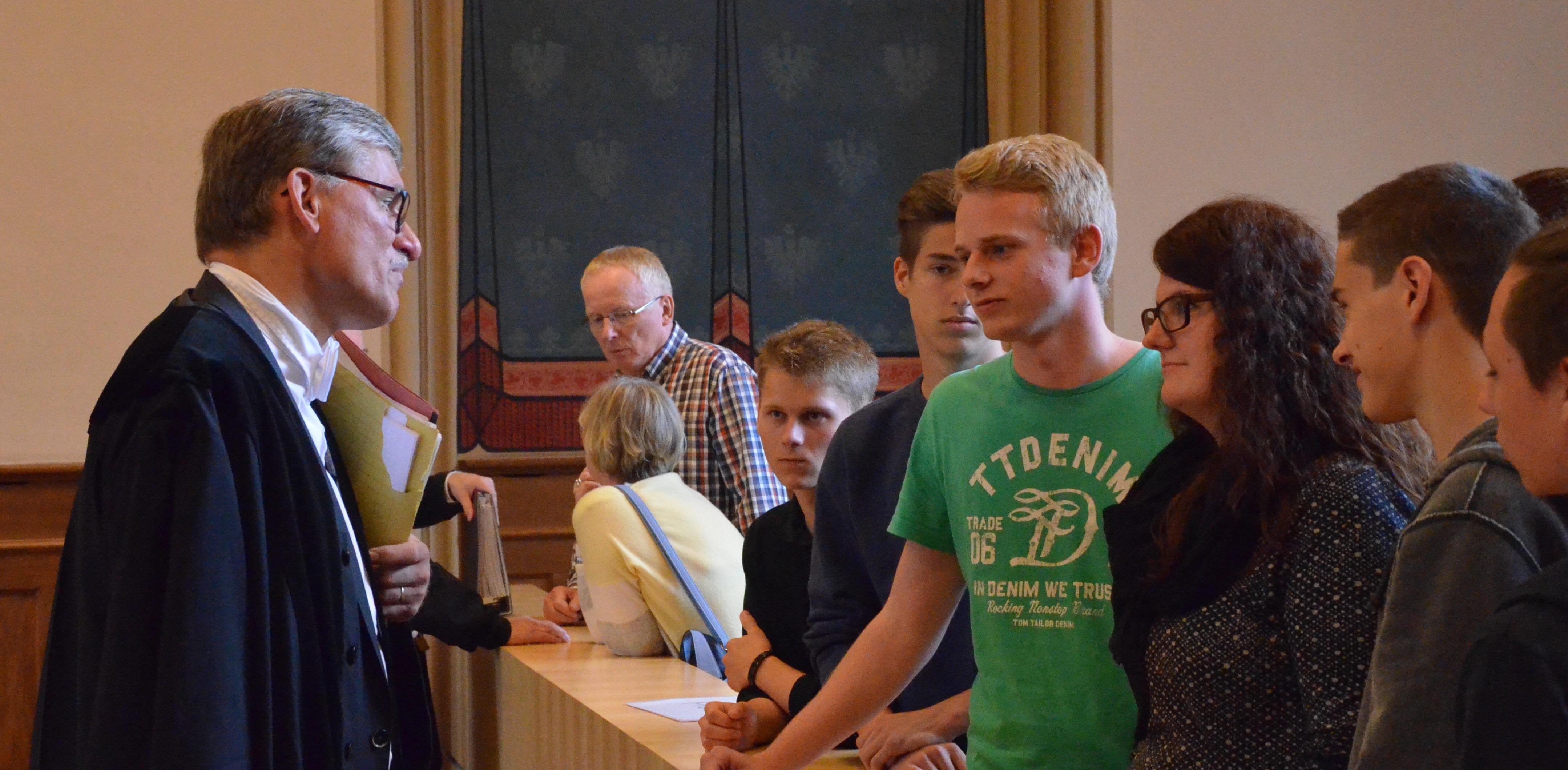 Unterricht hautnah – Schüler erleben Mordprozess am Landgericht Erfurt