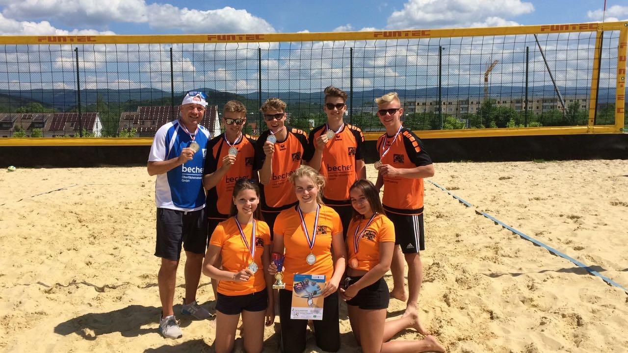 vBG – Beachvolleyball-Team wird Vize-Schulamtsmeister